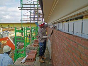 Jack up bricklaying scaffolding