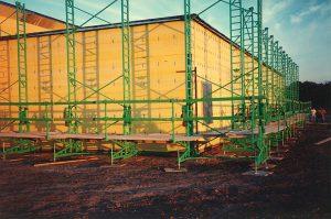 Non-Stop Heavy-Duty wall scaffolding