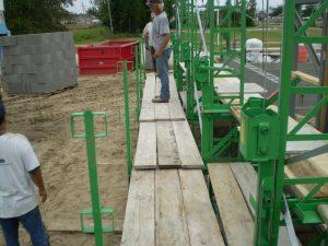 Laborers Platform On Standard-Duty crank-up scaffolding