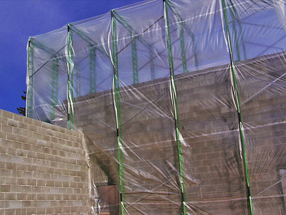 Winter Enclosure for elevated scaffolding