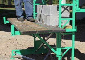 Work horse scaffolding laborer bracket walk boards